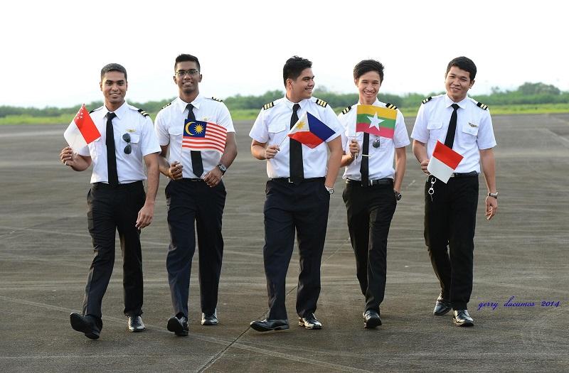 Mendaftar Sekolah Pilot yang Ada di Indonesia Tapi Berlatih Di Luar Negeri? Bisakah?