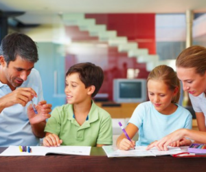 Peran orang tua dalam menerapkan pendidikan